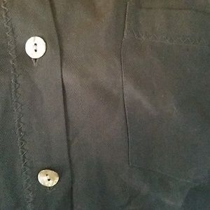 Tommy Bahama Tops - Tommy Bahama washable silk albalone shell buttons